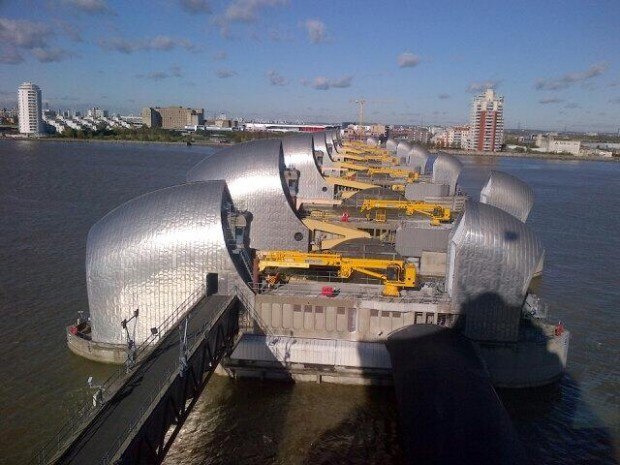 Thames Barrier closure on 1 February 2014