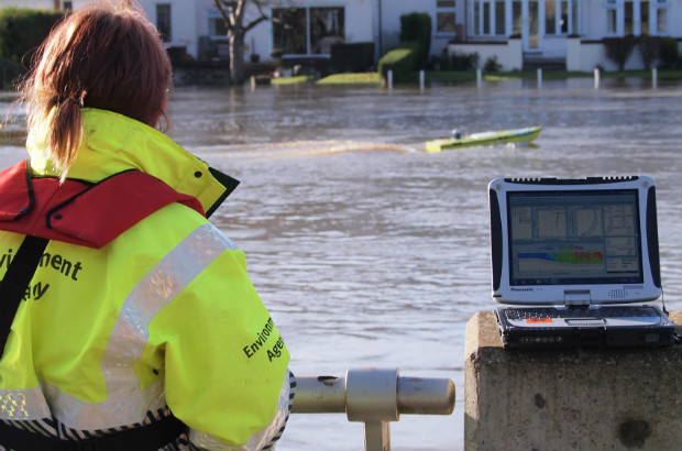 Controlling the ARC-Boat on floodwater at Staines