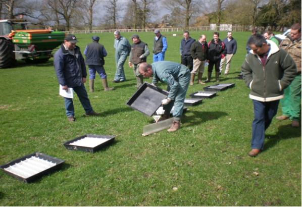 a training event to improve spreading delivered by the Catchment Sensitive Farming Project