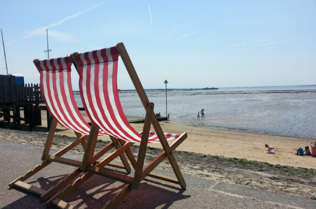 Southend Jubilee beach and deckchairs