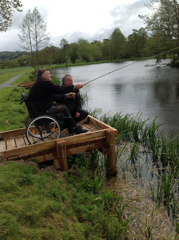 Anglers benefit from accessible platforms at Jay Farm Fishery