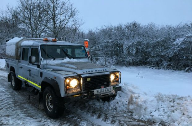 Environment Agency 4x4 vehicles in the snow